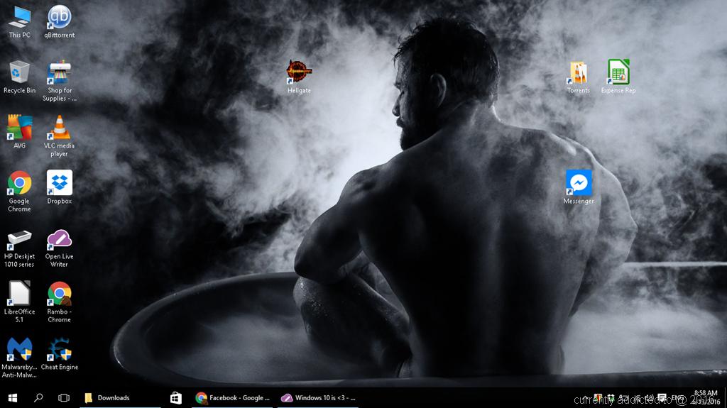 Windows 10 is <3   Addicted :P